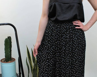 Black Ditsy Floral Cheesecloth Midi Skirt Size UK 12, US 8, EU 40