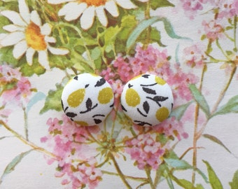 Fabric Covered Button Earrings / Yellow / Wholesale Jewelry / Stud Earrings / Gifts for Her / Bulk Stock / Liberty of London / Fruit Print
