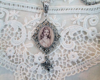 Alice in WonderlandPendant Necklace,Arthur Rackman,Through the looking glass jewelry,Lewis Carroll,White Rabbit,timeless gift ready