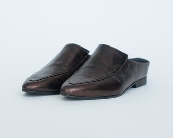 Flat mules // Women leather shoes // Pointy flats // Slip on shoes // Womens loafers // Pointy mules // Leather flats // Sliders shoes
