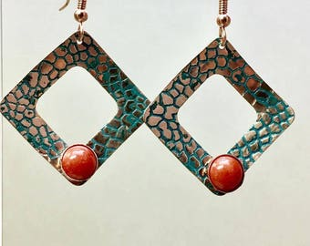 Elegant natural copper diamond hoops with coral cabochons, textured metal & teal patina, antique hammered earrings, square earrings Paulbead