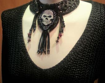 collar,choker,leather nacklace,leather,black,gothic,punk,rockstyl,larp,darkness, skull,fringes,leather jewellery,leather chain,middle age