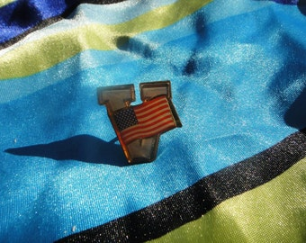 Vintage Brooch Pin American America American Flag with a V letter vintage brooch pin
