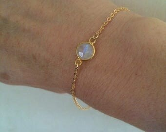 18K Gold fill Moonstone bracelet tiny Gold bracelet small gold bracelet June Birthstone jewellery minimalistic dainty Moonstone Jewelry gift