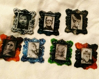 Classic Horror Movie Monsters Magnet Set - 7 Magnets! - Dracula, Frankenstein, Wolfman, the Mummy,  the Invisible Man and more!