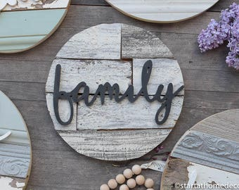"11"" Reclaimed Wood Family Round"