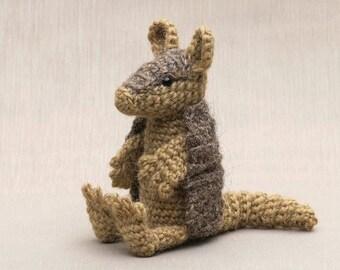 Amigurumi crochet armadillo pattern