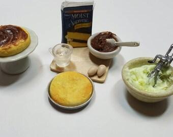 Dollhouse miniature baking cake set miniatures