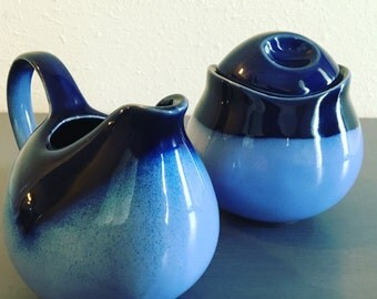Vintage Sango Nova Blue matching sugar bowl / lid and creamer in rich navy and light blue speckled stoneware for modern Old Florida home!