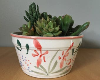 Lovely vintage succulent planter / flower pot hand-painted in Japan with lovely pink and yellow flowers on green stems with sweet pink rim!