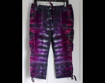 Size 8 Tie Dye Black / Purple / Pink Capri Pants