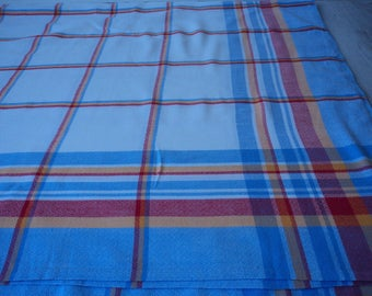French vintage cotton  checked cotton tablecloth  (04411)