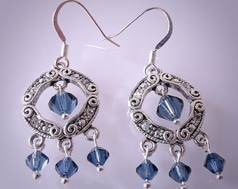 Set of earrings with Swarovski elements and blue crystals