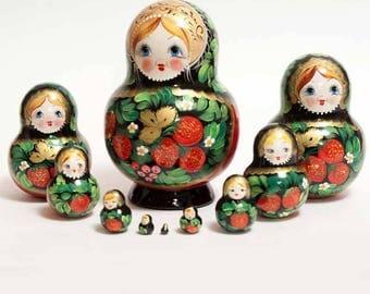 Nesting doll Strawberry - kod532p
