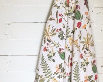 Wildflowers and Weeds Swaddle