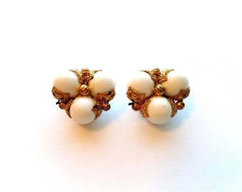 Vintage Gold Revival Style Cluster Beads Clip On Earrings