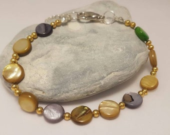 Golden mother of pearl bracelet