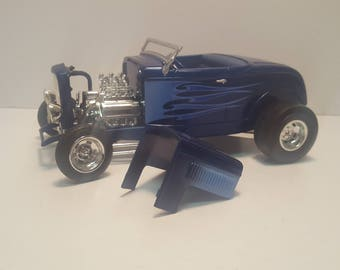 1:18th Scale HotWheels 1932 Ford Coupe Diecast