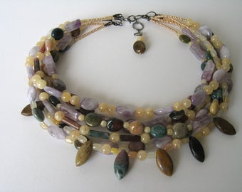 Agate, amethyst ang jade necklace