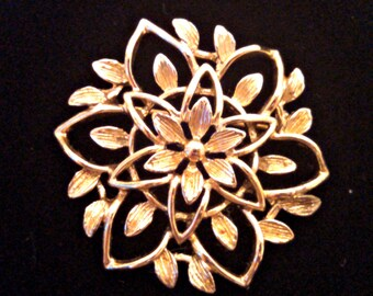 Vintage Peta Lure Brooch by Sarah Coventry, Gold Tone Flower Pin, Signed, Mid Century, Circa 1960s, Includes Gift Box