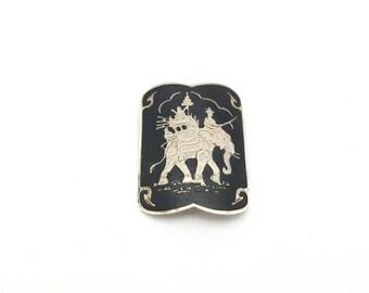 Thailand royal elephant Niello brooch vintage nielloware silver tone