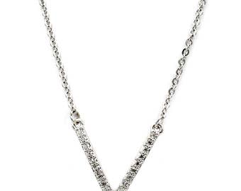 Fashion sparkling crystal V clavicle necklace