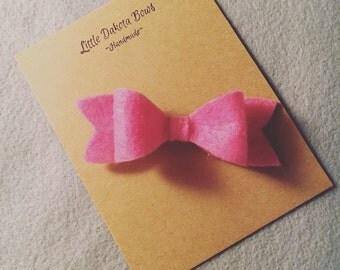 Darling felt bow, alligator clip