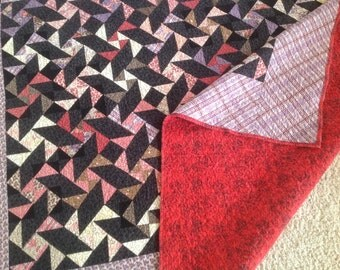 Twin bed quilt, flannel quilt, red & black quilt, preshrunk 79 x 93