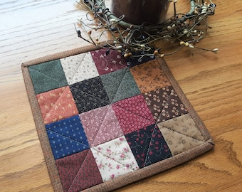 Quilted Candle Mat / Quilted Mug Rug/ Quilted Table Topper /Primitive Candle Mat/