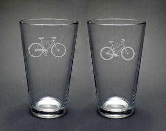 Bicycle Wedding Pint Glass Set - Mr & Mrs Pint Glass Set - Hipster Pint Glass - Bicycle Glass - Fun Bike Glass - Hipster Wedding Glass