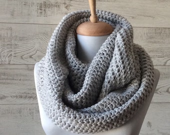 Grey scarf, infinity scarf, Winter Scarf, Cowl, Knit Scarf , man scarf, women scarf, circle scarf, chunky scarf Many Colors FAST DELIVERY