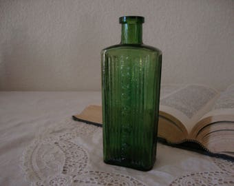 "Antique 1890's English Emerald Green ""Not To Be Taken"" Victorian POISON ribbed glass BOTTLE Wedding Bottle Vase Zen Home"