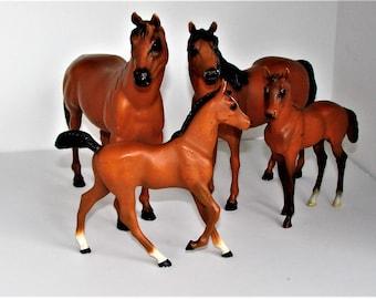 4 Plastic Horses Very Beautiful Family