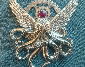 Ocutopunx Silver Color Steampunk Brooch Cthulu Angel Bird-wing Flying Octopus Creature