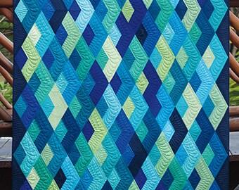 Boomerang - Modern Quilt Pattern by Julie Herman for Jaybird Quilts