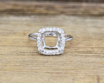 14K White Gold & Diamond Engagement Ring Semi Mount halo 0.25cttw, F/VS1  1.8 grams