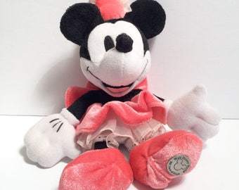 Disney '100 Years of Magic' Collector's Edition Minnie Mouse Plush Doll, EXCELLENT CONDITION
