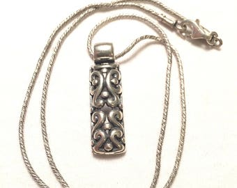 Vintage Mexico ATI 925 sterling silver necklace