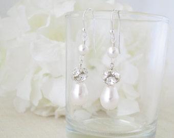 Swarovski pearl bridal earring, Pearl teardrop wedding earring, Classic pearl earring, Bridesmaid earring