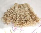 "mohair weft curly Blond, doll hair, 235"" (6 m), 100 g"