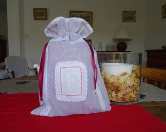 """Pouch """"shabby chic"""" organza, lined with liberty, English, monograms embroidery;"""