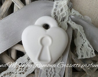 10 lock hearts, wedding, wedding favor, wedding party scented chalks placeholder