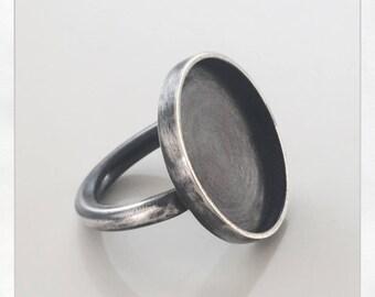 Sterling silver ring - Shield ring