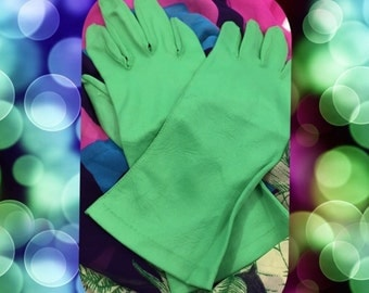 Gorgeous Green Vintage Nylon Gloves