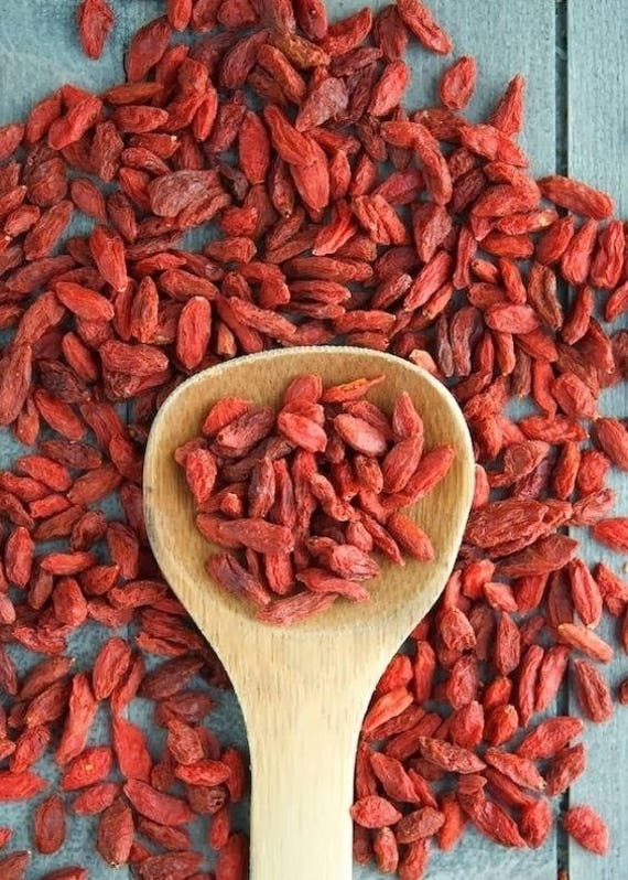 Goji Berry oil - 100% Pure cold pressed from Goji Berry seeds best UV treatment at summer for face and body anti-aging