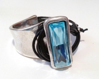 One of 50 style bracelet bath of silver and Crystal swarovski aquamarine blue, custom, handmade, handmade