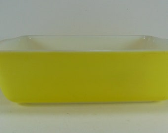 Vintage Pyrex Primary Yellow Refrigerator Dish - 503, 1 1/2 qt, 1940's