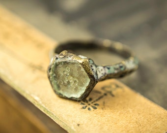 Ancient Old Bronze Ring With Image, Viking-Bronze , ancient-Viking-Bronze, green STONE
