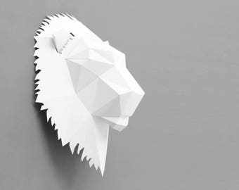 Lion trophy printable building kit