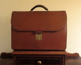 Spring Sale Coach Diplomat British Tan Leather Briefcase Attache Laptop IPad Case - Style No. 5353  Made In United States - VGC